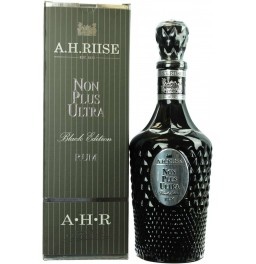 "Ром ""A.H. Riise"" Non Plus Ultra, ""Black Edition"", gift box, 0.7 л"